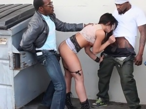Cute hot ass babe withstanding heavy hardcore bangs in mmf porn
