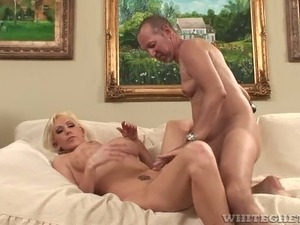This well stacked hottie is ok with her husband's cuckolding fetish