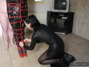 maitresse bdsm claudiacuir bondage flagellation