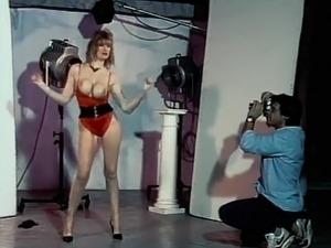 I WANT YOUR LOVE- vintage 80's big tits dance tease