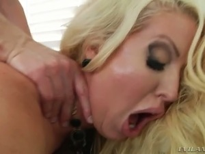 Extremely curvy blond MILF get her butt hole stretched in doggy and sideways...