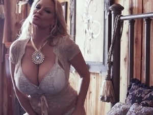 KELLY MADISON Country Lace