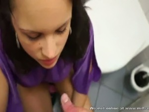Having sex with a stranger in the supermarket toilet for a few bucks