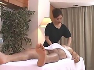Gorgeous Japanese Babe Gives Guy a Massage and an Amazing Blowjob