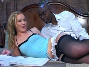 Black guy sticks cock in blonde babe tight ass