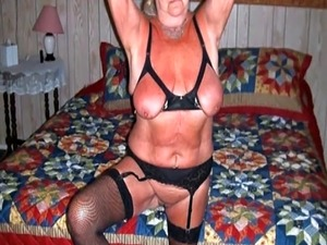 OmaFotzE Hot Granny Pictures Showoff Compilation