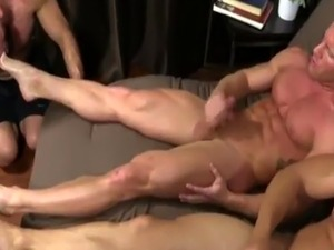 Foot hot boys gay porn first time Ricky Hypnotized To Worship Johnny &