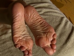 SPERM Therapy for Lyn's Dry Feet - Part 5 (Conclusion).