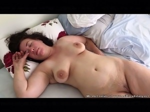 Mature women are awesome and this shameless slut is a home nudist