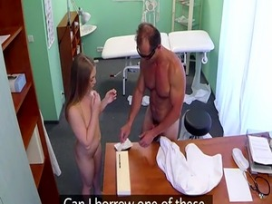 Young babe licked and fucked by horny doctor