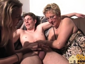 Threesome with my german girlfriends