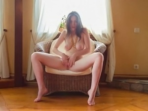 girl with nice tits solo