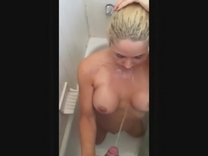 Golden shower pissing on pretty gf in the shower 2