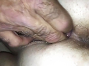 Fisting my FWB making her squirt