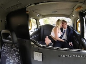 Huge tits cab driver in gloves wanking