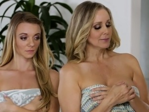 Attractive blondes and mesmerizing brunette are all ready for some pussy eating
