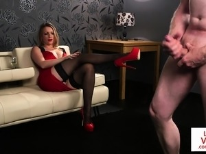 Voyeur MILF gives british wank instructions