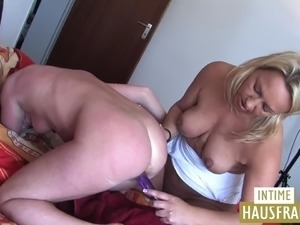 Ugly german lesbos enjoying an epic pussy toying action