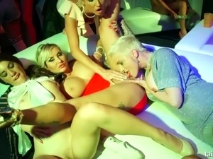 Sienna Day and her sexy horny friends starting the hot orgy in a club