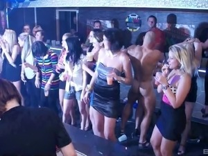 Wild party at the club turns into a full swing orgy