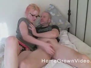 Amateur chick with glasses is in need of a big dick
