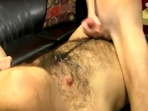 Male nips gay porn The desperate lil' lad gets on his knees