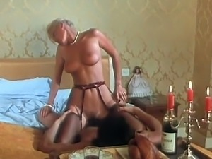 Fine and delicious blonde babe gives nasty blowjob
