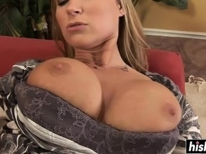 Babe with giant jugs loves riding