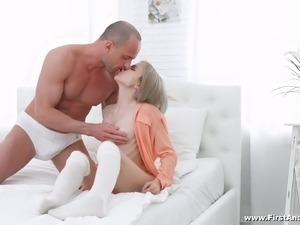 Herda Wisky is a gorgeous blonde in need of a stiff penis
