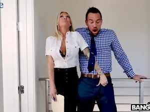 Dull wife doesn't notice how horny her hubby gets because of real estate dealer