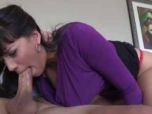 Gorgeous brunette housewife gets slammed on the sofa by her neighbor