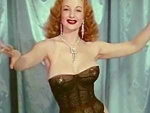 QUEEN OF TEASE - vintage big boobs burlesque tease