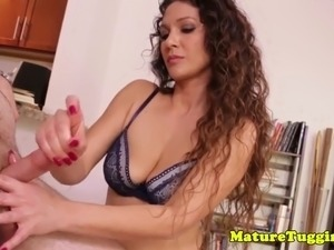 cougar housewife milking cock at home