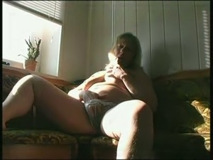 Wondrous super fat mature BBW with big saggy tits plays with a dildo