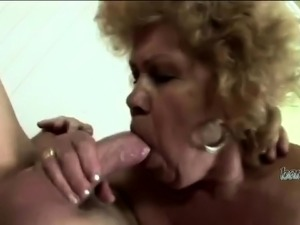 Robust GILF had some kinky fun with her young lover