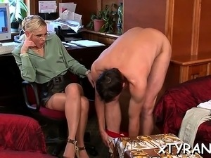 Chick gets her face hole and pussy fucked roughly