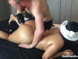 20 yo Asian Amateur gf CHOKED Squirts Big Ass Real Massage Singapore Hotel...