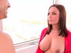 Instant boner while learning from mom Diamond Foxx