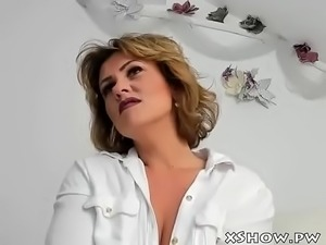 Sexy Mature Babe Masturbation On Webcam Show - Watch part2 on http://xShow.pw