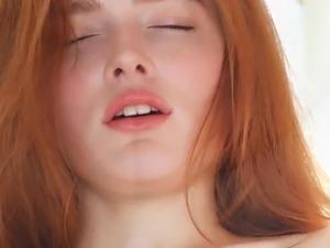 perfect rehead Jia Lissa enjoys an orgasm