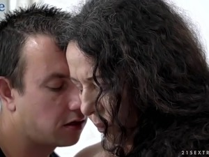 Horny curly grandma Lila Tuft wanna nothing bust steamy missionary fuck
