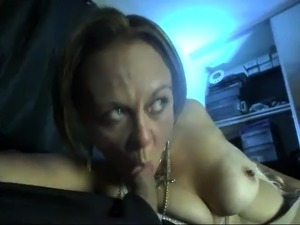 Wild mature lady sucks a dick and rubs her peach on webcam