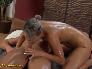 Gorgeous big breasted grey haired masseuse Holly gives head during slippery...