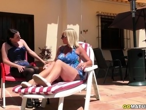 2 lesbian housewife licking each other out outdoors