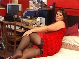 Horny mature in corselette