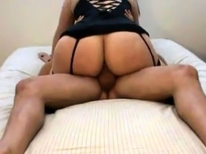 Big booty mature wife takes a hard dick for an exciting ride