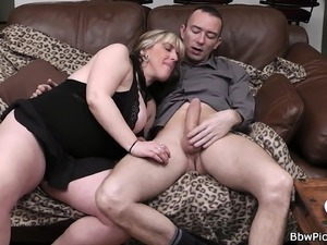 Picked up busty bitch swallows his huge dick