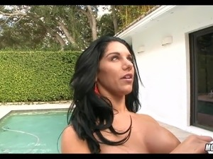 Pool Wife loves it deep in her throat