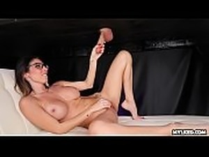 Cock Milking Dava Gets Sprayed with Cum