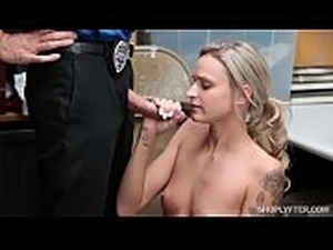 Shoplyfter girl with LP officer(6) - FULL VIDEO HERE --&gt_...